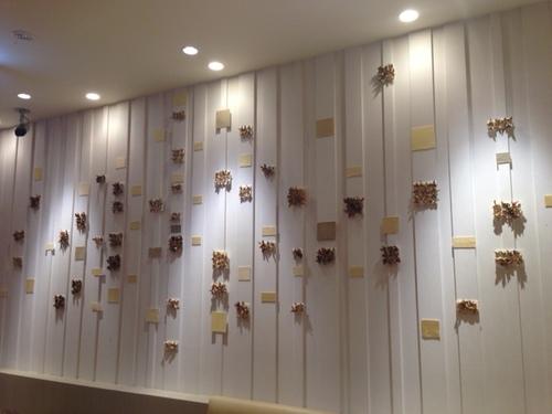 沼尾めぐみさん壁面作品2015.4「光」.JPG